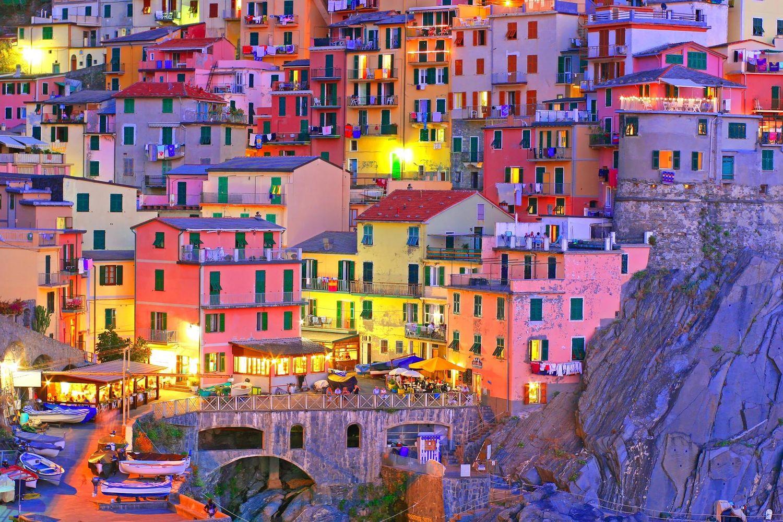 Cinque_Terre_Riomaggiore_Italy