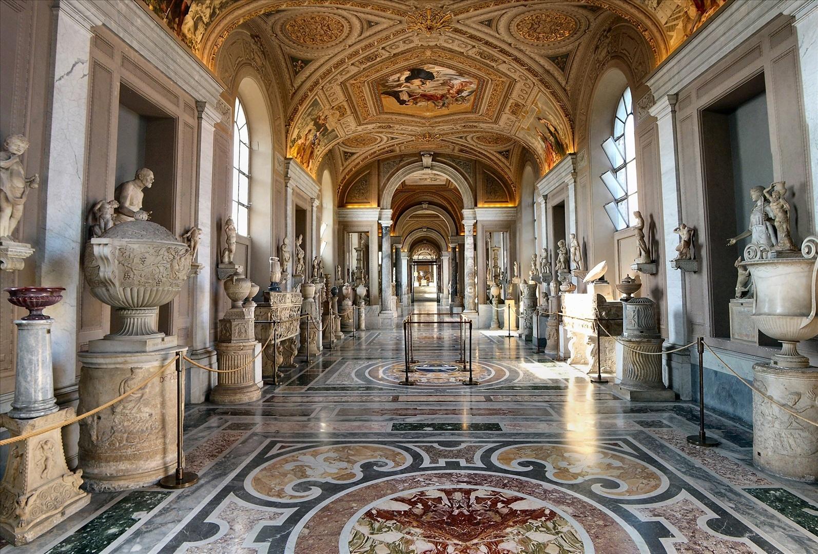 inside-vatican-museums-vatican-city-wallpaper-1594x1080