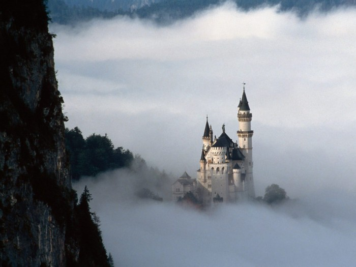 Neuschwanstein_Castle_Germany2