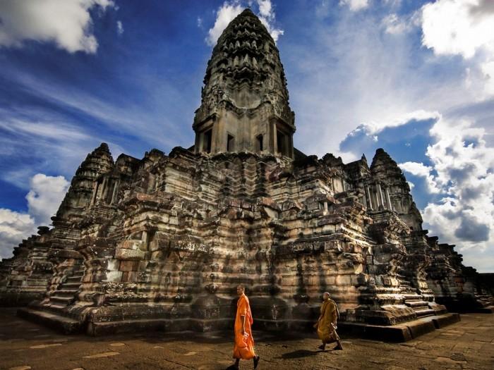 angkor-wat-cambodia_105655-1600x1200