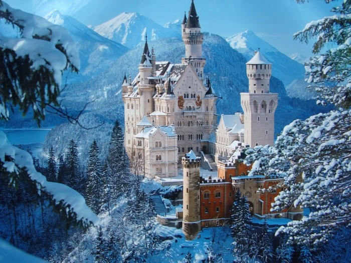 neuschwanstein_castle_germany_winter