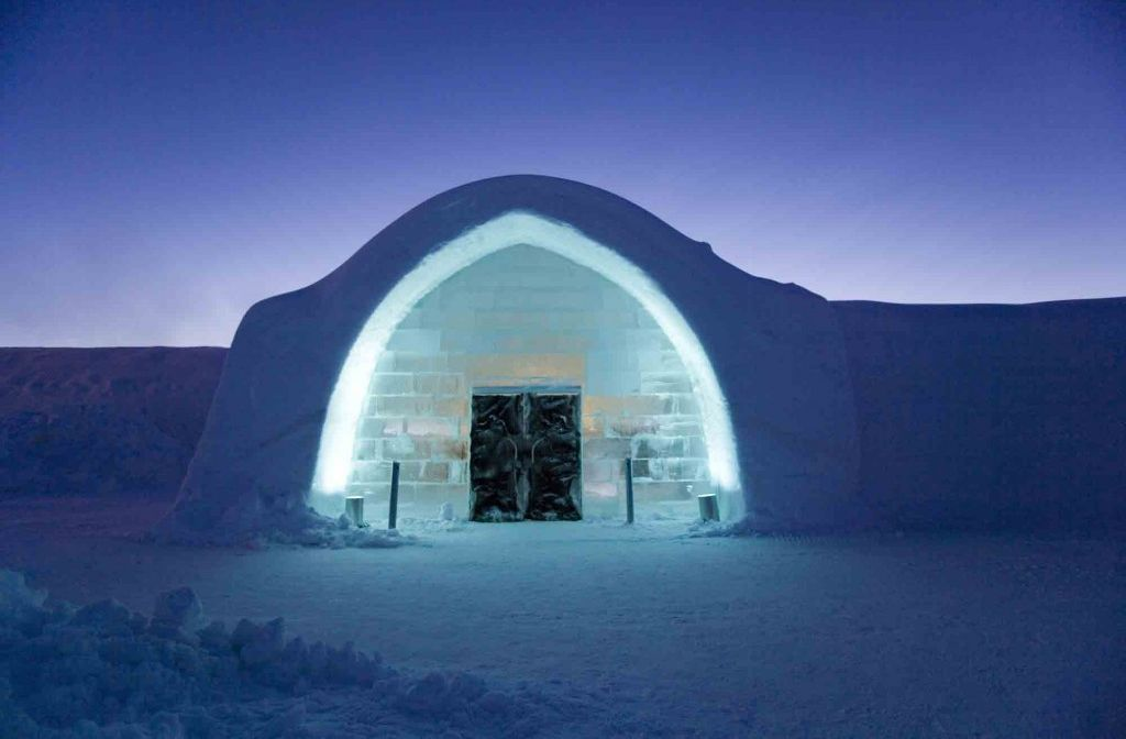 sweden-s-coolest-hotel-the-ice-hotel-jukkasjarvi-sweden+1152_12921779930-tpfil02aw-26189
